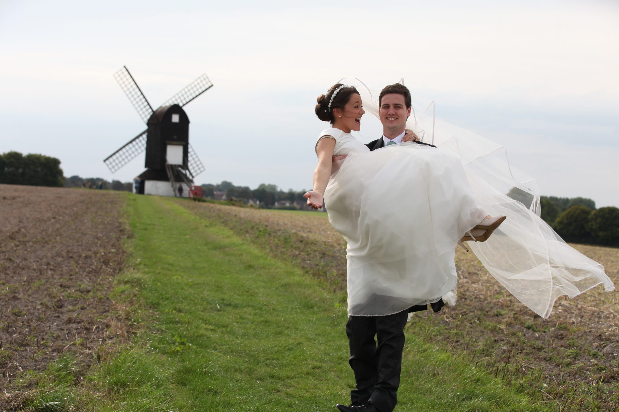 Bride and Groom Pitstone Windmill
